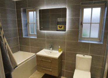 Two bathrooms renovation in Monkston Park-2