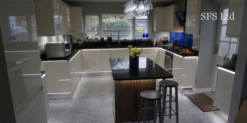 Kitchen refurbishment in Bletchley-1