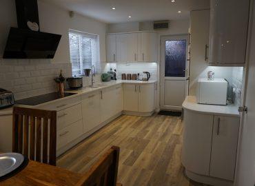 Kitchen refurbishment in Newport Pagnell-2