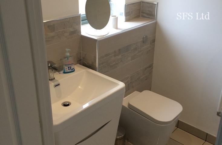 Guest bathroom renovation in Oakridge project
