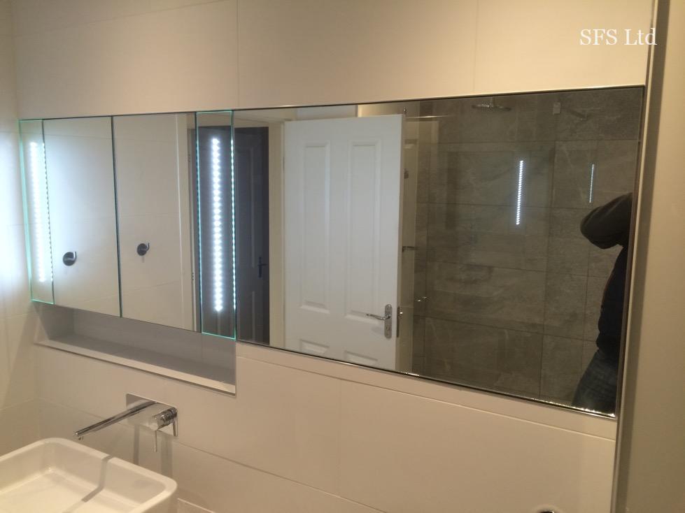 Master bathroom renovation in Oakridge 13